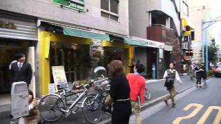 Video of the Great East Japan Earthquake Hitting Tokyo 東日本大震災 / 地震発生時の東京