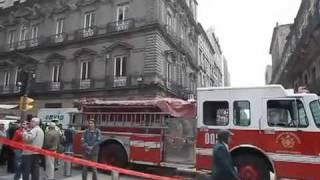 La explosión de dos mufas en el Centro Histórico provocó una fuerte...