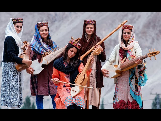 Wakhi Song and Rabab Jamming During Snowfall in Hunza Gilgit Baltistan