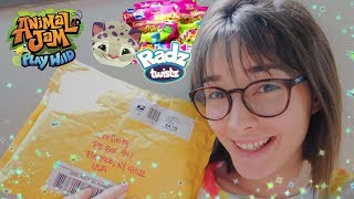 OPENING A PACKAGE FROM CRUNCHYMOM! My Biggest Package Yet!