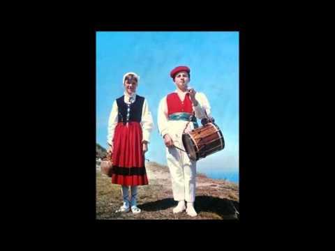 Loa, Loa and Ezpata-Dantza (basque folk song)