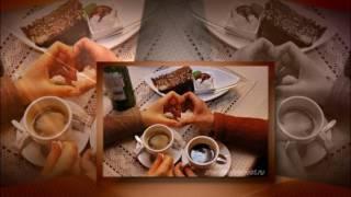 Две чашки кофе на столе ИГОРЬ ЯНАКИЙ