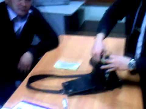 В аэропорту Алматы раскрыты факты перевозки героина и незадекларированной валюты