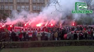 2015-11-11 Kibice Lechii Gdańsk na Paradzie Niepodległości w Gdańsku