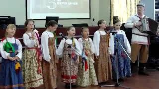 Библиотека им М Ю  Лермонтова   В кругу друзей  5 лет