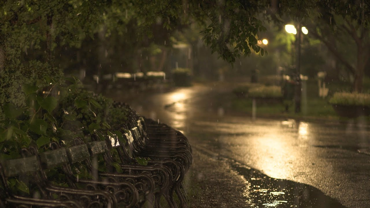🎧 Soothing Gentle Spring Rain in the Old Park at Night - 10 Hours for Relaxation and Sleep