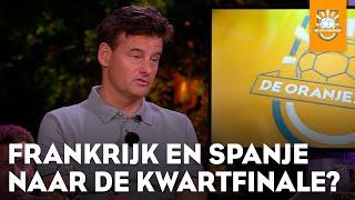 De mannen vullen de TOTO in. Bekijk alle hoogtepunten van De Oranjezomer op https://veronicainside.nl/ of in de Veronica Inside app! Download ...
