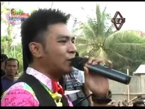 Derita Dibalik Tawa   Gerry Mahesa   New Pallapa Todanan Blora 2015