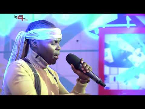 Blaq Diamond performs Sthandwa on the HN9 stage!