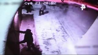 В Челябинске камеры видеонаблюдения сняли избиение Деда Мороза(, 2015-12-29T11:15:20.000Z)