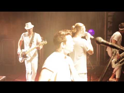 Fake Tan Live: Can't Stop The Feeling / Cake By The Ocean Medley