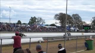 Drag Racing in Australia - Willowbank Raceway at Ipswich