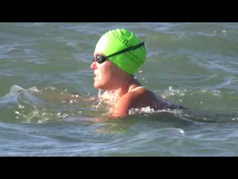 Swimming in Rough and Choppy Water - Open Water Swimming with swim-art.com