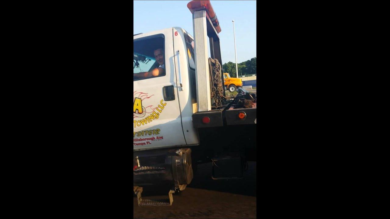 Tia Transport & Towing