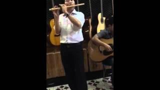 Huế thương  (guitar vs sáo) Đình Thiết-Văn Anh guitar