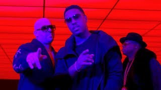 Смотреть клип Mally Mall, Jeremih, E-40 - Physical