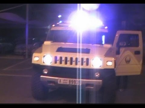 Dubai Rescue & Fire HUMMER Off Road Rescue walk around with lights on & manual wail siren demo
