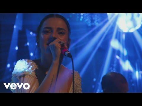 Ceyl'an Ertem - Bile İsteye (Live) indir