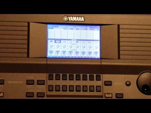 Yamaha PSR-S670 - Batuta Adam Stanga