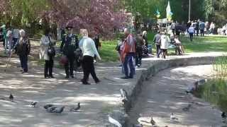 Черкассы День Победы в парке Победы Украина(В Черкассах есть парк, который носит имя Победа. 9 мая черкащане пришли на празднования Дня Победы в этот парк., 2015-05-11T06:46:17.000Z)