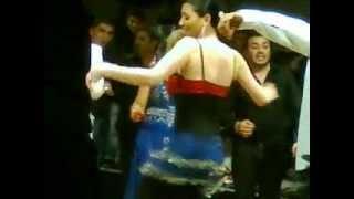 (VIDEO) - Sofi Marinova igrae kuchek  v Gircia ostrov Krit!