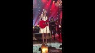 Taylor Swift Live Concert We Are Never Ever Getting Back Together