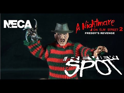 Toy Spot - Neca A Nightmare on Elm Street Part 2: Freddy's Revenge Retro Cloth Freddy Krueger