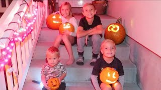 👻NIGHT BEFORE HALLOWEEN🎃 Costumes, Decorations, and Carving Pumpkins!