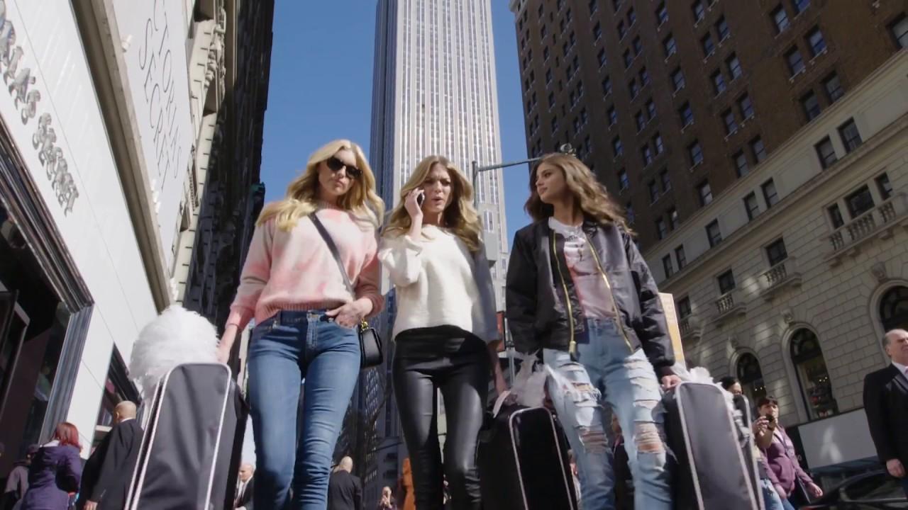 The 2016 Victoria's Secret Fashion Show Is Going To Paris!