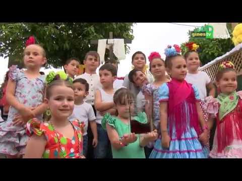 Los pequeños cofrades de Gines disfrutaron del Concurso Infantil de Cruces de Mayo