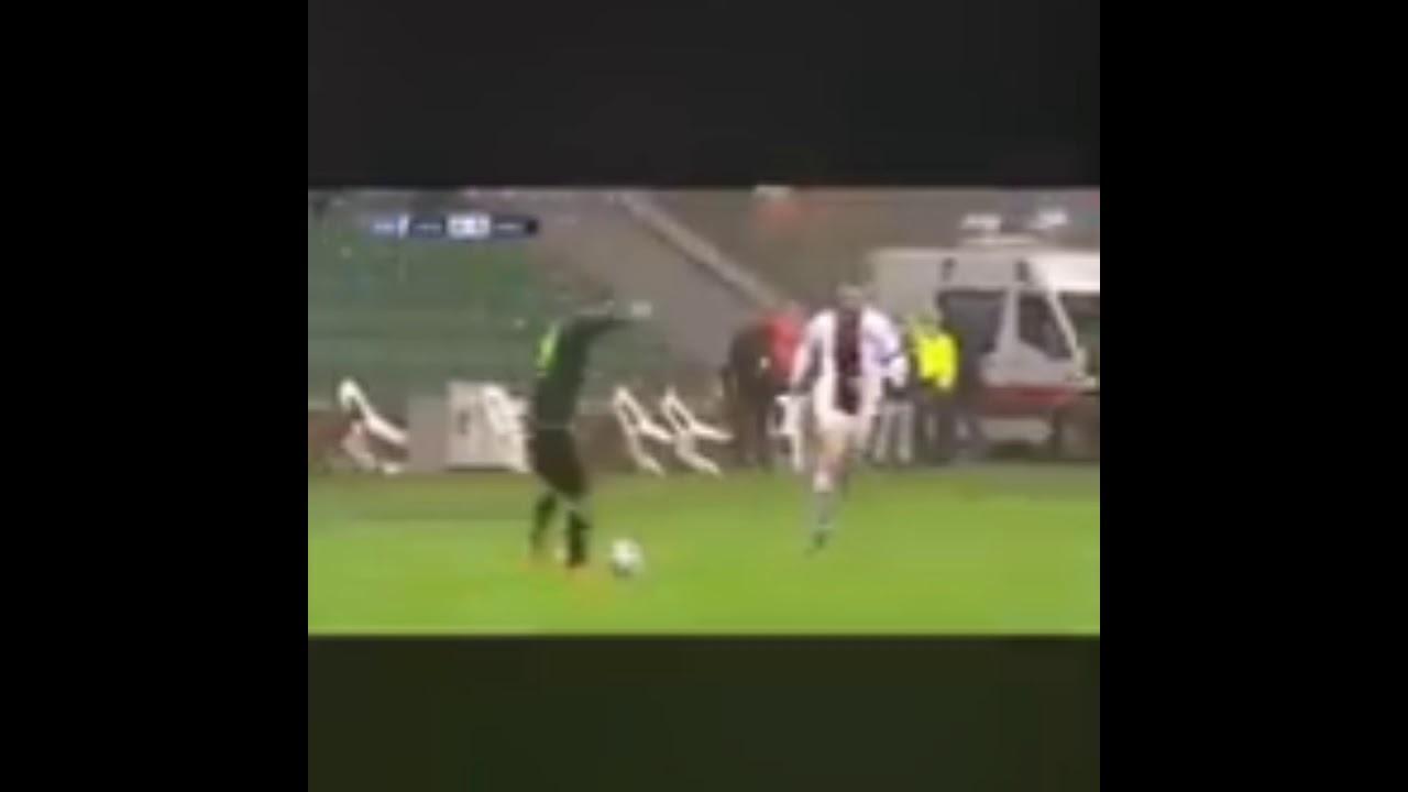 Fatih Karagümrük - Konyaspor Fenerbahçe aleyhine hakaret içeren tezahürat -  YouTube