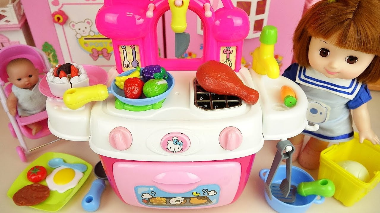 Baby doll Kitty kitchen and play doh cooking play