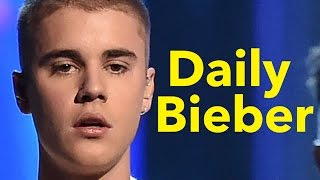 Repeat youtube video Justin Bieber Gets Booed By Fans At Purpose Tour Show - Shocking Video
