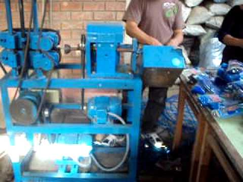 manual injection moulding machine in india