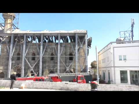 Greqi, zjarri në një xhami - Top Channel Albania - News - Lajme