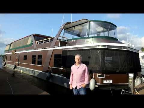 Houseboat 32M самый большой хаусбот в Москве