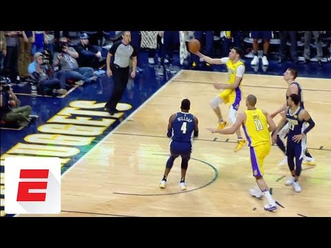 Late Lonzo Ball bucket doesn't count after goaltending call overturned | ESPN