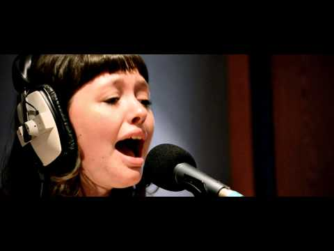 Razmataz Lorry Excitement (ft Natasha Haws) - Skin (Live session for Amazing Radio)