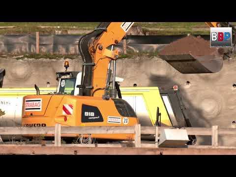 LIEBHERR A 918 Compact Mobil Bagger / Excavator, Stuttgart 21, 17.12.2019.
