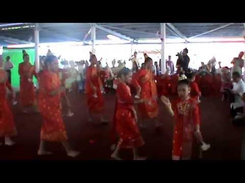 Dok champa dance and seing khan lao wat lao buddharam tn 2013 youtube - Lao temple murfreesboro tn ...