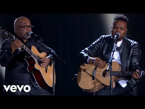 Travis Greene 2017 Stellar Award Performance feat: Israel Ho
