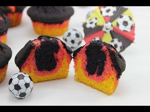 Fußball WM Muffins im schwarz-rot-goldenen Deutschland-Look ;-) / WM Cupcakes
