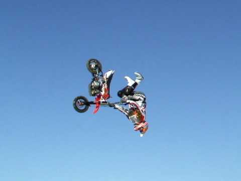 Freestyle Pit Bike Team Cyril Porte Concept Arno Adam En Back