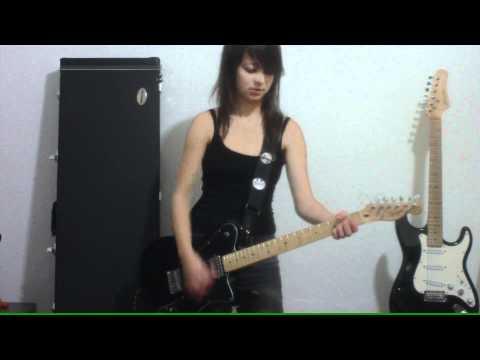 Juliana Vieira : Monster - Paramore (COVER)