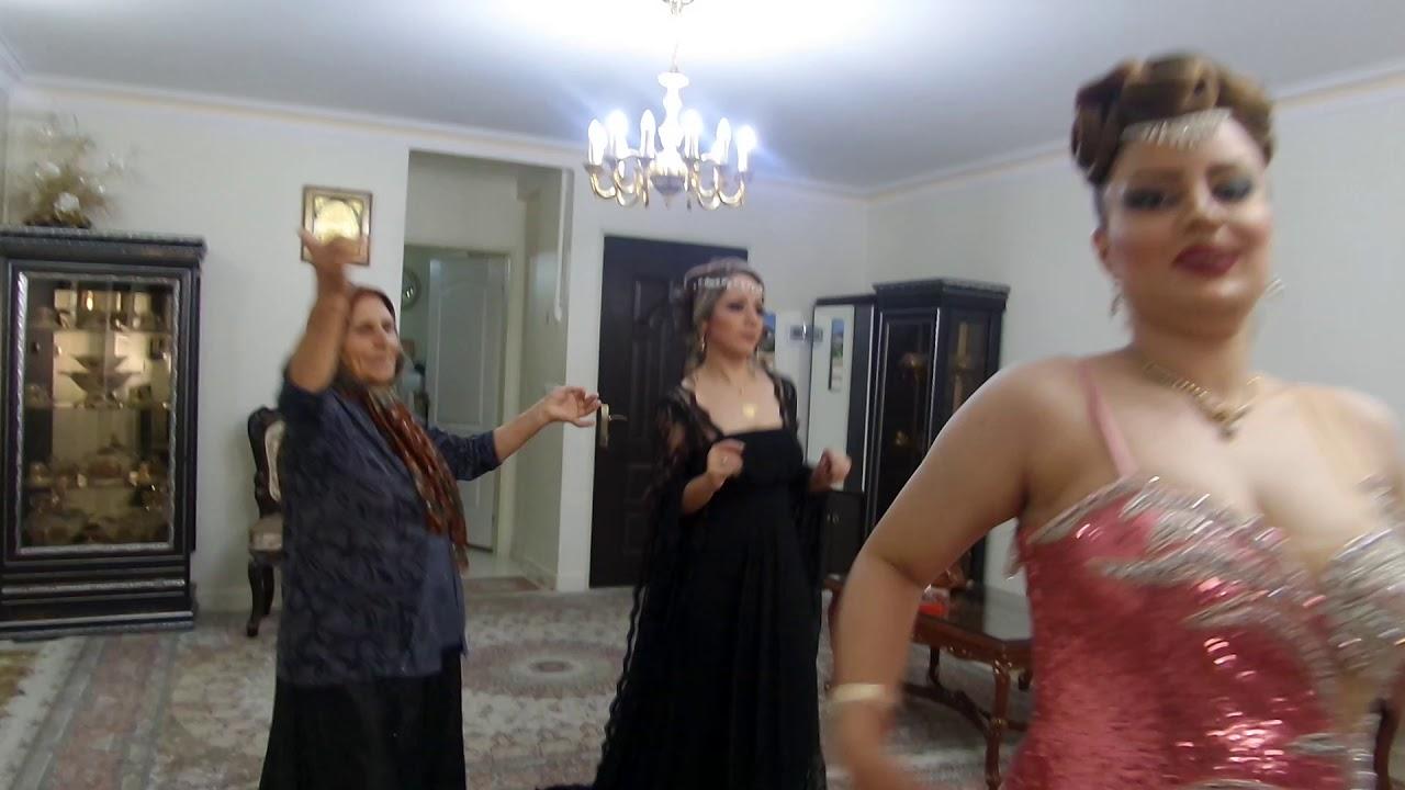 رقص دختران خوشگل...?   Dance of beautiful girls