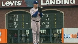 Maddux gets his 355th and final win of his career