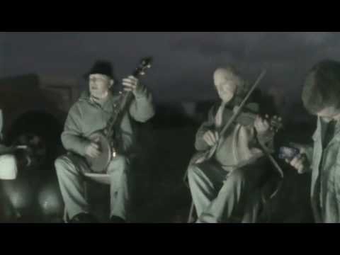 Billy & Walter Lloyd sing Gallo Del Cielo on Appleby Horse Fair 2009