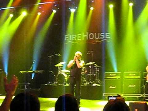 Firehouse - Sleeping with you       (Casino Estoril, 6-7-12)  Portugal