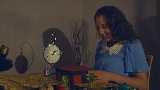 Coraline - Button Eyes Scene
