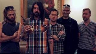 Foo Fighters Announce Glastonbury Headline Set At NME Awards 2015